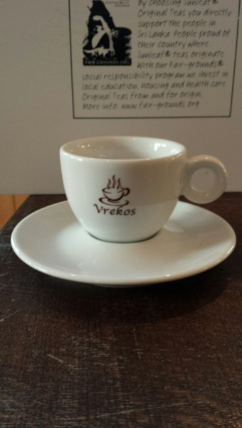 Kop en schotel Bola espresso Vrekos 15cl.